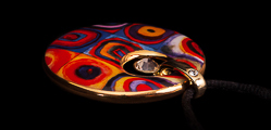 Kandinsky pendant : Color Study, Crystal Circle, detail n°1