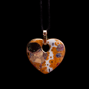 Gustav Klimt Jewel : porcelain pendant The kiss (heart)