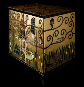 Klimt lacquered wood jewelry box