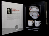 Kandinsky expresso cups and saucers presentation box : Free curve to the point