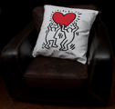Keith Haring cushion : Heart Hanging, detail