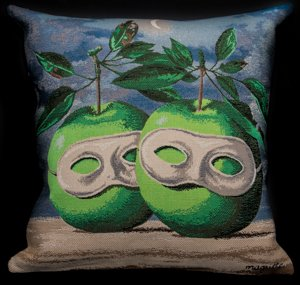 Magritte cushion cover : The masked apples