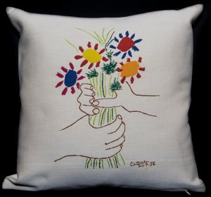 Pablo Picasso cushion cover  : Bouquet of Peace