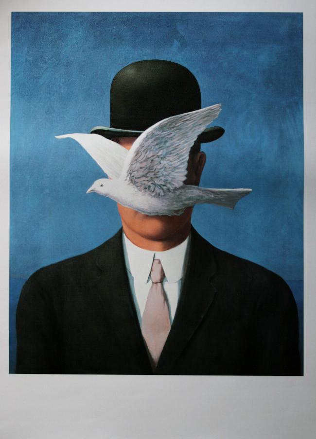 Ren magritte l 39 homme au chapeau melon 1964 reproduction en affiche - Tableau chapeau melon pomme verte ...