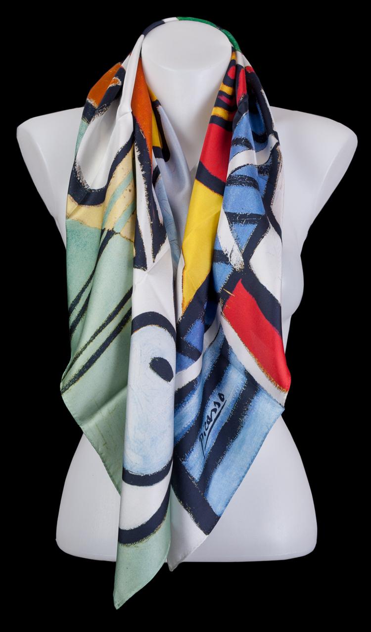 in vendita 5f7b7 3aa2f Foulard Quadrato in seta Pablo Picasso : Natura morta su un ...