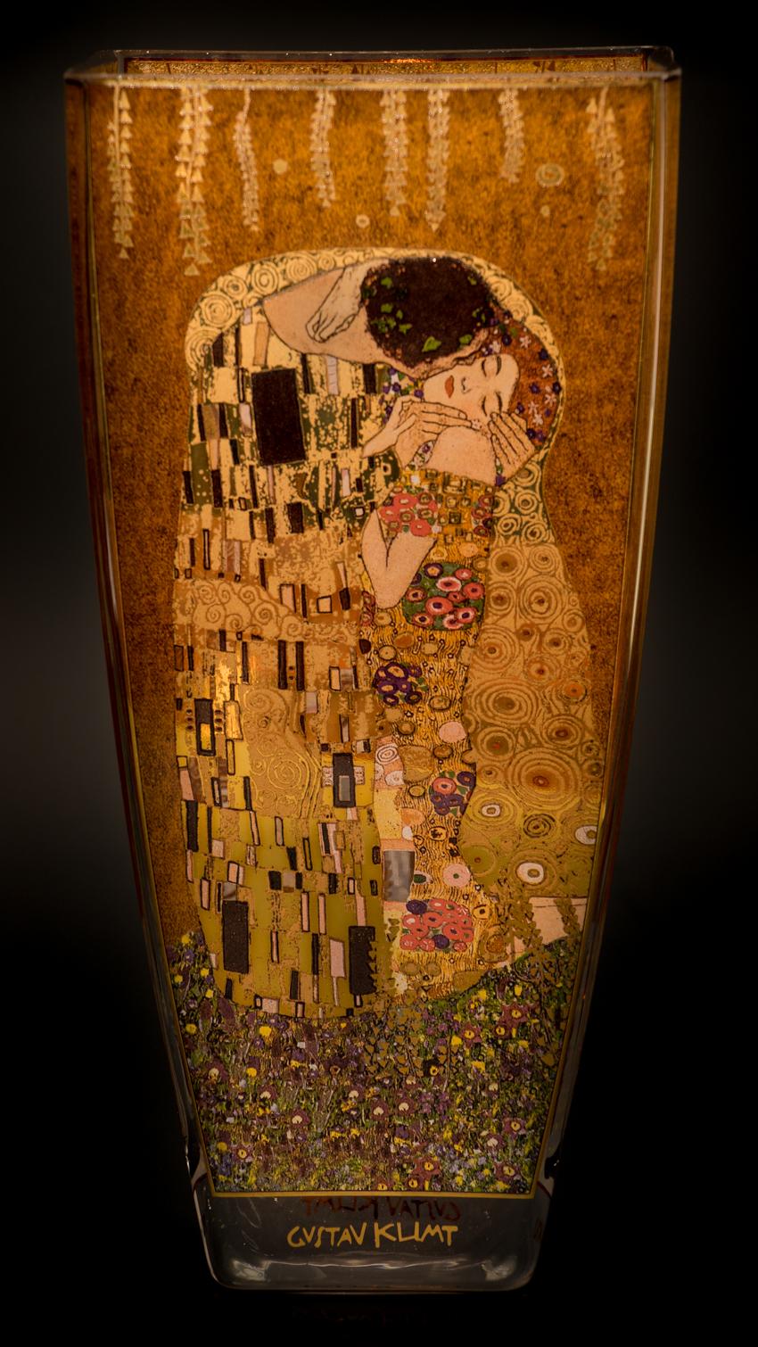 Gustav Klimt : Vaso de vidrio : El beso