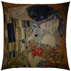 Klimt umbrella : The kiss
