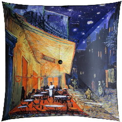 Van Gogh umbrella : Terrace of a cafe by night
