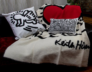 Plaid e cuscini Keith Haring